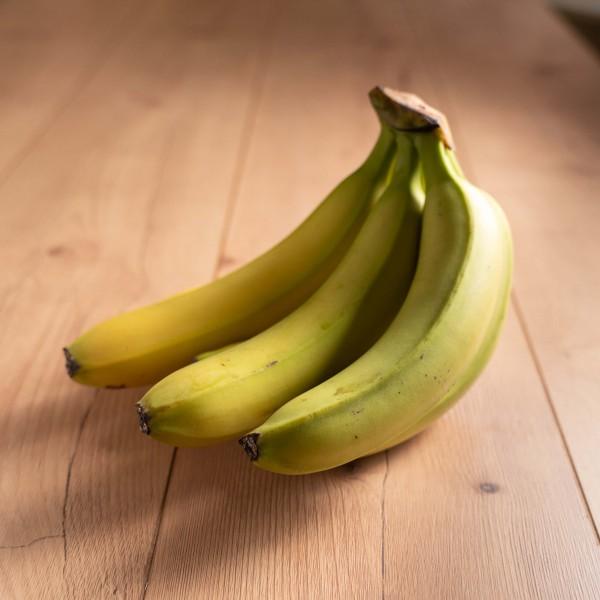 Bananen, grünlich
